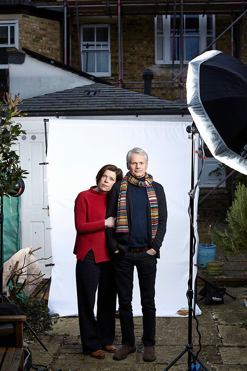 © 2021 John Angerson.<br /> Journalists Lucy and Andrew Billen at their home in Oxford, England GB.