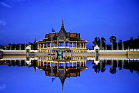 GRAND PALAC REFLECTION