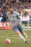Melbourne, 24 July 2015 - Karim Benzema of Real Madrid runs with the ball in game three of the International Champions Cup match between Manchester City and Real Madrid at the Melbourne Cricket Ground, Australia. Real Madrid def City 4-1. (Photo Sydney Low / AsteriskImages.com)