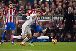 Mateo Kovacic of Real Madrid competes for the ball with Koke of Atletico de Madrid during their La Liga match between Atletico de Madrid and Real Madrid at the Vicente Calderón Stadium on 19 November 2016 in Madrid, Spain. Photo by Diego Gonzalez Souto / Power Sport Images