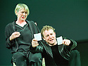 Samuel West,Marty Cruikshank  in Hamlet RSC, opens at the Royal Shakespeare Theatre on 2/5/01  Pic Geraint Lewis