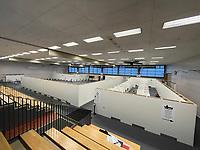 Innenraum im Impfzentrum - Gross-Gerau 21.12.2020: Impfzentrum Groß-Gerau in der Sporthalle der Martin-Buber Schule