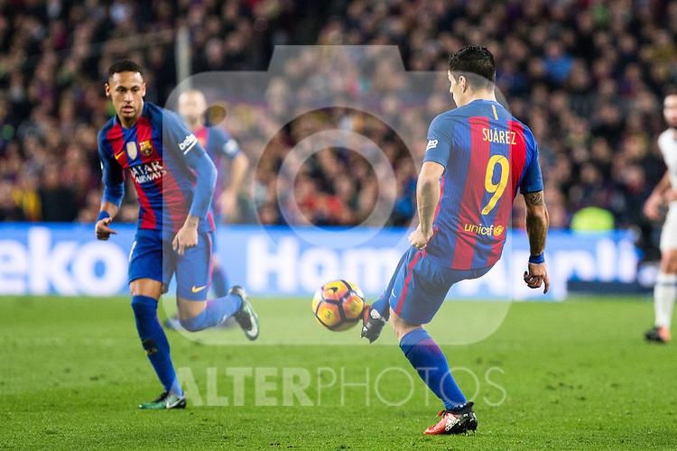 FC Barcelona's Neymar Santos Jr , Luis Suarez during spanish La Liga match between Futbol Club Barcelona and Real Madrid  at Camp Nou Stadium in Barcelona , Spain. December 03, 2016. (ALTERPHOTOS/Rodrigo Jimenez)