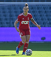 Maud Coutereels (17) of Standard pictured during a female soccer game between RSC Anderlecht Dames and Standard Femina de Liege on the sixth matchday of the 2021 - 2022 season of Belgian Womens Super League , saturday 9 th of October 2021  in Brussels , Belgium . PHOTO SPORTPIX   DAVID CATRY