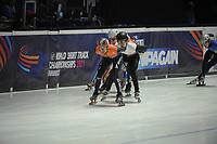 SPEEDSKATING: DORDRECHT: 05-03-2021, ISU World Short Track Speedskating Championships, QF 1500m Men, Itzhak de Laat (NED), Reinis Berzins (LAT), ©photo Martin de Jong