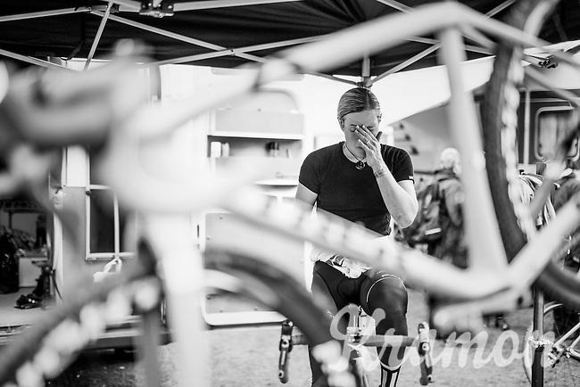 Katie Kompton (USA) warming up<br /> <br /> Women's race<br /> Krawatencross Lille 2017