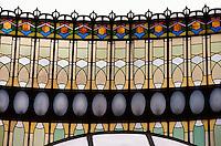 Glasfenster am Repraesentationshaus (Obecni Dum), Prag, Tschechien, Unesco-Weltkulturerbe.