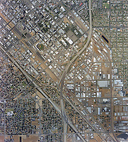 historical aerial photo map of Fresno, California, 2002