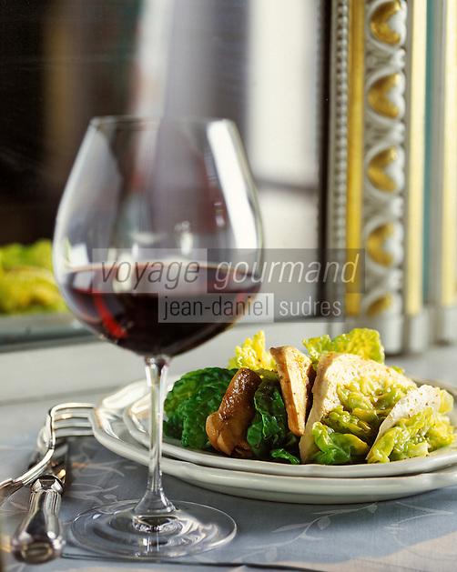 Europe/France/Bourgogne/21/Côte-d'Or: Salade de perdrix au chou- Stylisme Valérie Lhomme