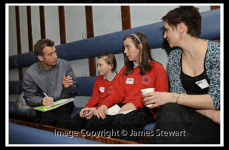 14/12/2009  Copyright  Pic : James Stewart.17_comm_celeb  .:: FALKIRK COUNCIL LITTER STRATEGY CHRISTMAS COMMUNITY CELEBRATION 2009 :: HOW TO IMPROVE OUR NEIGHBOURHOOD WORKSHOP INVOLVING MCDONALDS AND HEAD OF MUIR PRIMARY :: .James Stewart Photography 19 Carronlea Drive, Falkirk. FK2 8DN      Vat Reg No. 607 6932 25.Telephone      : +44 (0)1324 570291 .Mobile              : +44 (0)7721 416997.E-mail  :  jim@jspa.co.uk.If you require further information then contact Jim Stewart on any of the numbers above.........