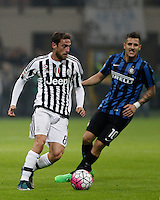 Calcio, Serie A: Inter vs Juventus. Milano, stadio San Siro, 18 ottobre 2015. <br /> Juventus' Claudio Marchisio, left, is chased by FC Inter's Stevan Jovetic during the Italian Serie A football match between FC Inter and Juventus, at Milan's San Siro stadium, 18 October 2015.<br /> UPDATE IMAGES PRESS/Isabella Bonotto