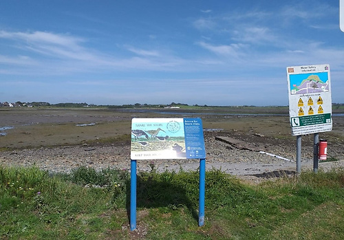 Strangford and Lecale Partnership has erected 'Share the Shore' panels in several sites around the Lough and at Killough Bay