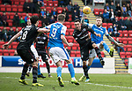 St Johnstone v Motherwell…07.04.18…  McDiarmid Park    SPFL<br />Denny Johnstone battles with Ryan Bowman<br />Picture by Graeme Hart. <br />Copyright Perthshire Picture Agency<br />Tel: 01738 623350  Mobile: 07990 594431