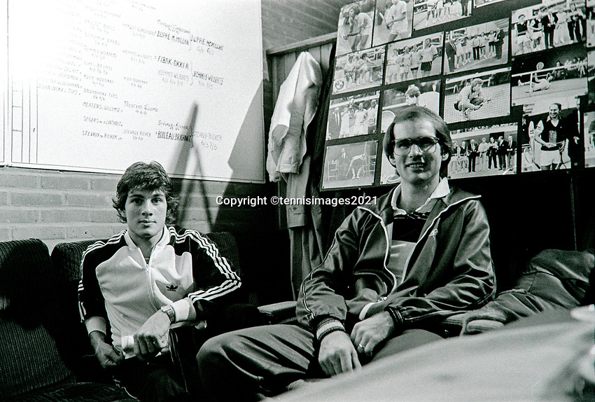 Belgium, Antwerp, 6 March 1981,  Night of the Doubles Tournament,  Eric Wilborts (NED) (L) with his coach Fred Hemmes (NED)<br /> Photo: www.tennisimages.com/Henk Koster