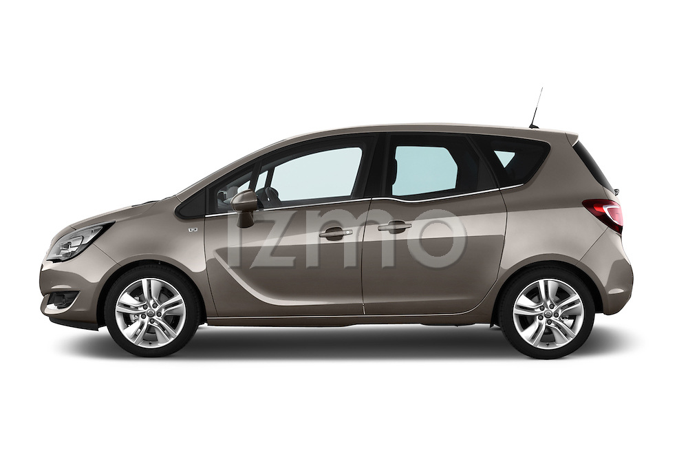 Car Driver side profile view of a2014 Opel MERIVA Cosmo 5 Door Mini MPV 2WD Side View