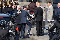 MANUEL VALLS, JEAN-YVES LE DRIAN 71EME ANNIVERSAIRE DE LA VICTOIRE DU 8 MAI 1945 - DERNIERE COMMEMORATION SOUS LE MANDAT DE FRANCOIS HOLLANDE