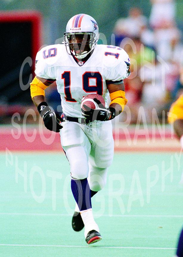 Reggie Barnes Shreveport Pirates 1994. Photo F. Scott Grant