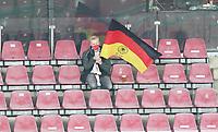 Vereinzelte Fans (insgesamt 300 erlaubt) im RheinEnergie Stadion hängen ihre Fahnen auf<br /> - 07.10.2020: Deutschland vs. Tuerkei, Freundschaftsspiel, RheinEnergie Stadion Koeln<br /> DISCLAIMER: DFB regulations prohibit any use of photographs as image sequences and/or quasi-video.