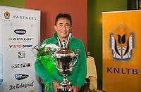 August 24, 2014, Netherlands, Amstelveen, De Kegel, National Veterans Championships, Prizegiving, Winner mens single 55+ Frank Lapré <br /> Photo: Tennisimages/Henk Koster
