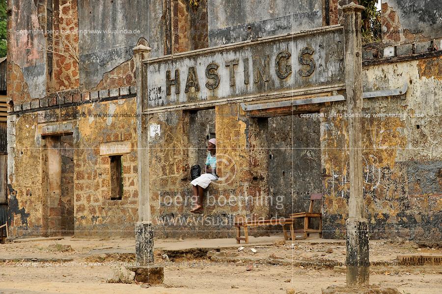 SIERRA LEONE , abandoned railway station Hastings without track /<br /> SIERRA LEONE, verlassene Bahnstation Hastings ohne Schiene
