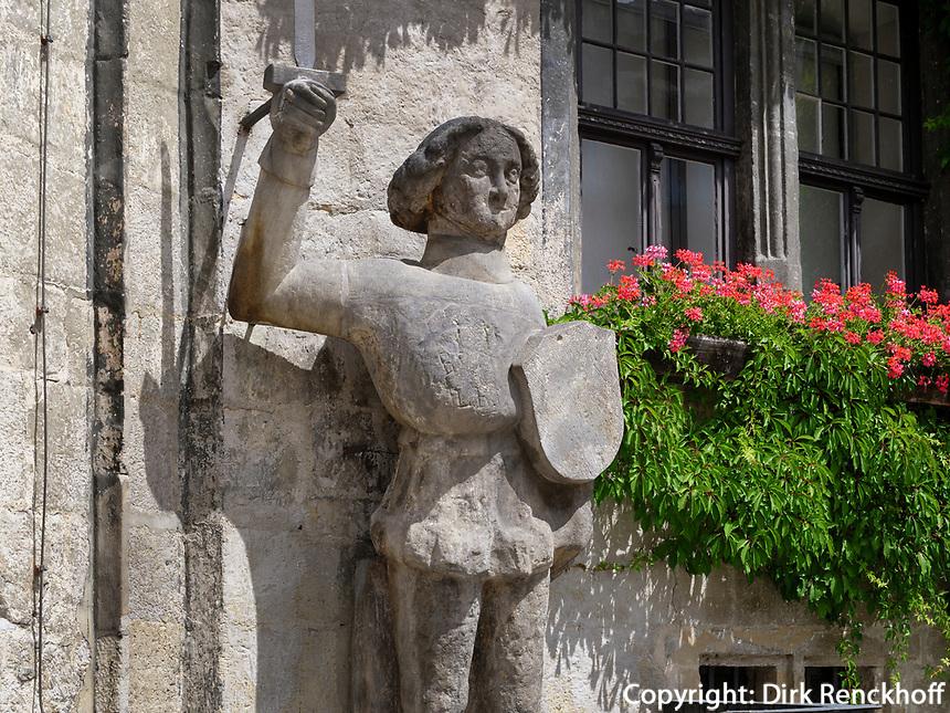Roland-Statue vor dem Rathaus, Quedlinburg, Deutschland, Europa, UNESCO-Weltkulturerbe<br /> Roland stataue at townhall in Quedlinburg, Saxony-Anhalt, Germany, Europe, UNESCO World Heritage