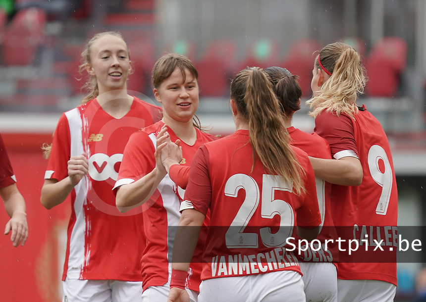Standard players are celebrating their team's goal during a female soccer game between Standard Femina de Liege and KRC Genk Ladies  on the third matchday of the 2020 - 2021 season of Belgian Womens Super League , Saturday 3 rd of October 2020  in Liege , Belgium . PHOTO SPORTPIX.BE | SPP | SEVIL OKTEM