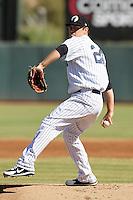 Phoenix Solar Sox pitcher David Phelps #24 during an Arizona Fall League game against the Mesa Solar Sox at Phoenix Municipal Stadium on October 31, 2011 in Phoenix, Arizona.  Mesa defeated Phoenix 3-1.  (Mike Janes/Four Seam Images)