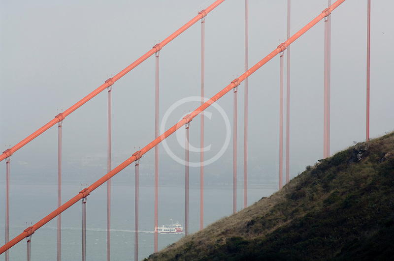 California, San Francisco Bay, Golden Gate Bridge in the fog