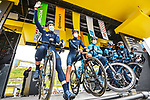 Movistar Team at sign on before Stage 16 of the 2021 Tour de France, running 169km from Pas de la Case to Saint-Gaudens, France. 13th July 2021.  <br /> Picture: A.S.O./Charly Lopez   Cyclefile<br /> <br /> All photos usage must carry mandatory copyright credit (© Cyclefile   A.S.O./Charly Lopez)