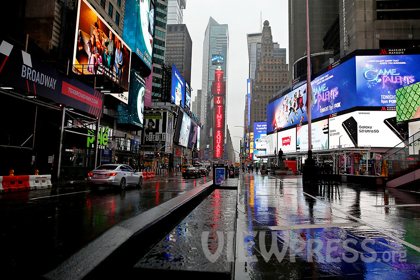 NEW YORK - NEW YORK - MARCH 24: General view of Times Square on March 24, 2021 in New York. With more people every day getting vaccinated transmission rates are dropping, arts an entertainment values should open at 33% capacity on April 2, as outdoor amusement parks will open at 25% capacity one week later (Photo by John Smith/VIEWpress)