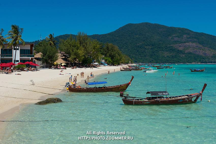 Longtail taxi boats on Sunrise beach, Koh Lipe, Thailand