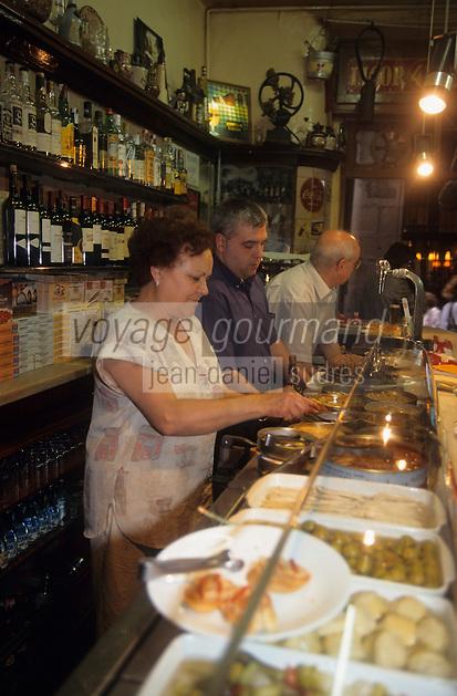 """Europe/Espagne/Catalogne/Barcelone : Quartier Ribera - Bar à tapas """"El Xampanyet"""""""
