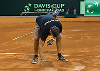 September 10, 2014,Netherlands, Amsterdam, Ziggo Dome, Davis Cup Netherlands-Croatia, court maintenance<br /> Photo: Tennisimages/Henk Koster