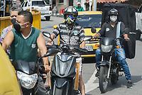 MEDELLIN - COLOMBIA, 17-04-2020: Barrios populares de Medellín durante el día 25 de la cuarentena total en el territorio colombiano causada por la pandemia  del Coronavirus, COVID-19. / Popular neighborhoods of Medellin of during day 25 of total quarantine in Colombian territory caused by the Coronavirus pandemic, COVID-19. Photo: VizzorImage / Leon Monsalve / Cont