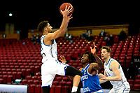 03-04-2021: Basketbal: Donar Groningen v Heroes Den Bosch: Groningen Donar speler Leon Williams op weg naar een score