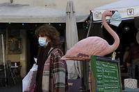 CoviTime.<br /> Roma al tempo del Coronavirus, scene di vita quotidiana nel mercato di Campo de' Fiori.<br /> Rome at the time of the Coronavirus, images of daily life in Campo de' Fiori market.