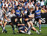 Photo: Richard Lane/Richard Lane Photography. Bath Rugby v Leicester Tigers. Aviva Premiership. 01/10/2011. Bath's Tom Biggs attacks.