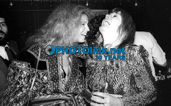 Turkel Perrine4001.JPG<br /> Celebrity Archaeology<br /> 1981 FILE PHOTO<br /> New York, NY<br /> Ann Turkel Valerie Perrine at Studio 54<br /> Photo by Adam Scull-PHOTOlink.net