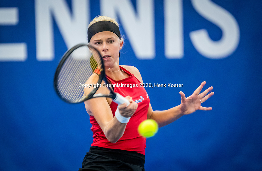 Amstelveen, Netherlands, 18  December, 2020, National Tennis Center, NTC, NK Indoor, National  Indoor Tennis Championships,   :  Eva Vedder (NED) <br /> Photo: Henk Koster/tennisimages.com