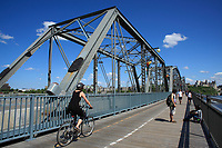 Ottawa (ON) CANADA - Mai 21, 2012 - bridge between Ottawa and Hull-Gatineau