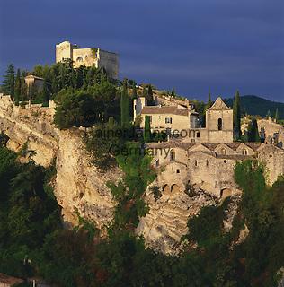 France, Provence, Vaison-la-romaine: Mediaeval Town   Frankreich, Provence, Vaison-la-romaine: mittelalterlicher Ort