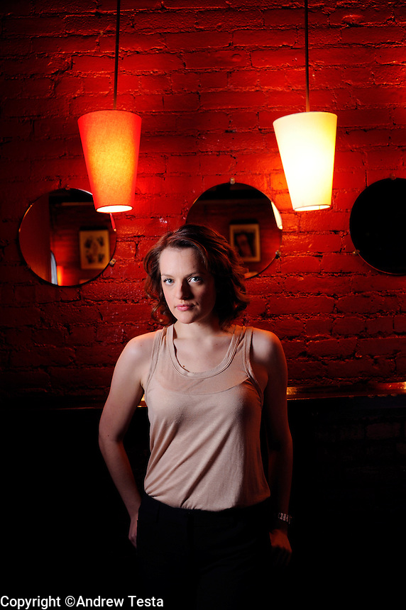 USA.MAnhattan. 16th January 2009.Elisabeth Ross photographed at Prohibition, Manhattan.©Andrew Testa