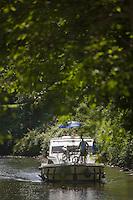 Europe/France/Midi-Pyrénées/46/Lot/Saint-Cirq-Lapopie: Navigation fluviale sur la vallée du Lot  à l'écluse de Ganil