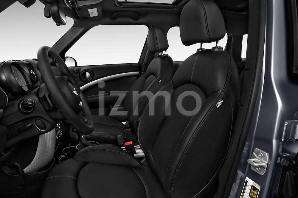 Front seat view of 2016 MINI Countryman Cooper S Park Lane 5 Door Hatchback Front Seat  car photos