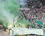 14.05.2011, Fritz-Walter Stadion, Kaiserslautern, GER, 1. FBL, 1.FC Kaiserslautern vs Werder Bremen, im Bild Pyrotechnik im Werder Block, Foto © nph / Roth