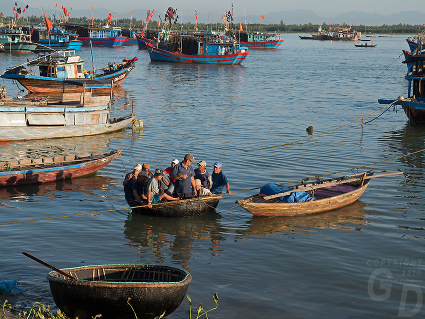 Fully loaded a Chai or Basket boat at Hoi An fish port and Harbor, Vietnam