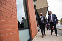 Le cabinet Legault durant la crise du COVID 19<br /> <br /> Rencontre<br /> avec le député de Portneuf, M. Vincent Caron<br /> , le 3 sept 2020,a <br />               Saint-Raymond