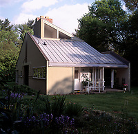 Vanna Venturi House, Chestnut Hill, Philadelphia, Pennsylvania. 1962