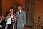 CARLA FENDI CONSEGNA IL PREMIO A BRUNELLO CUCINELLI<br /> PREMIO GUIDO CARLI - SECONDA EDIZIONE<br /> PALAZZO DI MONTECITORIO - SALA DELLA REGINA ROMA 2011