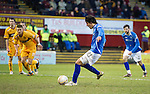 Motherwell v St Johnstone...28.01.12  .Fran Sandaza scores from the penalty spot.Picture by Graeme Hart..Copyright Perthshire Picture Agency.Tel: 01738 623350  Mobile: 07990 594431